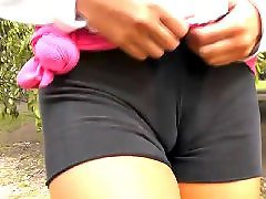 Wow, Camelto, Cameltoes, Pussy flashing, Pussy flash, Public park