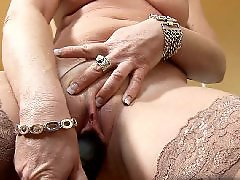 진동기 자위, 진동딜도, 진동, 할머니섹스, 바이브레이터, 유부녀