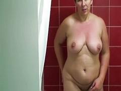 Shower solo girl, Solo girl shower, Girl shower solo
