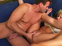 Masturbiert creampie fotze
