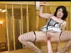 Mit dildo anal, Frau masturbiert, Frau wichst, Mädchen handjob