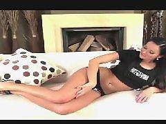Vanessa j, Vanessa b, Play herself, Strips, Stripping strips, Strip play
