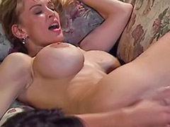 Lesbienne rasee, Gros vagin lesbienne