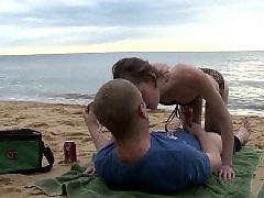 Niñas en la playa, Chicas cojiendo en la playa, Niñas cojiendo, Niñas cogiendo, Follando con una niña, Playa