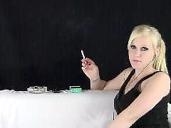 Voyeur blonde, Voyeur blond, Music, Callie, Cigarettes, Cigarette