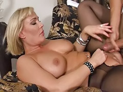 Milf pantyhose blowjobs