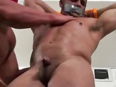 Gay bound, Bound gay