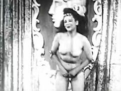 Vintage girl, Vintage busty, Vintage tits, Tits shaking, Tits shake, Shaking tits solo