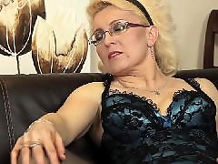 The mom, European, With mom, Plays with her, Playing dildo, Mature with dildo
