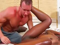 Hot gym, Rubbing pussies, Rub pussy, Pussy rubbing, Pussy rub, Ebony babe rubs her