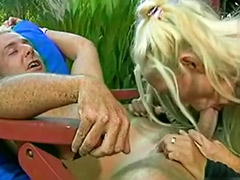 Threesome outdoor, Outdoor threesome