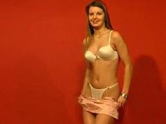 Ados striptease