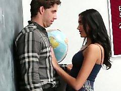 لاتينا ليلا, لاتینی, تازه وارد