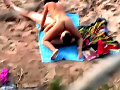 Voyeur beach, Positions, Orally, Beach voyeur, Beach amateur, Amateur oral