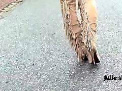 Upskirt, Boots