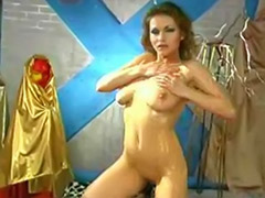 Stripping solo, Strip solo, Strip girls, Strip girl, Shaved oil solo, Solo, oil