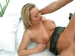 Alexis blonde, Hostage