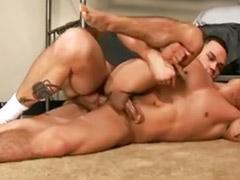 Musculosos gay parejas
