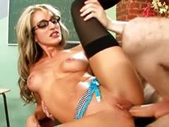 معلم, سکس اولین بار