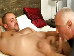 Serviced, Muscular handjobs, Thomas, Riding handjob, Serviced gay, Serviced cum
