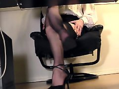 Voyeur masturbating, Voyeur masturb, Under desk, Under a g e, Under, Stockings cam