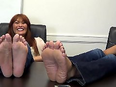 Wrinkled soles, Wrinkled sole, Wide, Show offs, Show off, Shows off