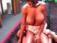 Smothered, X wrestling, Tits smothering, Tit wrestling, Wrestling لقهم, Wrestling femdom