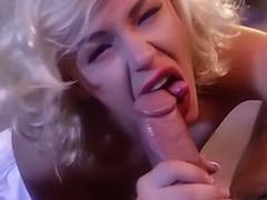 Suck group cum, Monro, Marilyn