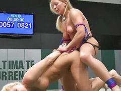Lesbian bikini, Bikinis lesbians, Bikini lesbians, Bikini lesbian, Strap in