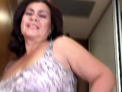 Wetting, Wet granny, Wet mature, Herself, Toing granny, To love