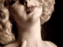 Solo in lingerie, Lingerie in solo, Blonde curly, Curly solo, Sensual blonde