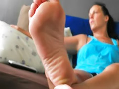 Footjob girl, Footjob amateur, Girls footjob, Barefeet, Amateur footjob