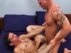 Sandalias, Musculosos gay parejas