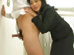 Pull, Pulling, Asian housewife