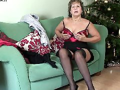 Masturbation granny, Mature couch, On a couch, Housewifes, Housewife mature, Housewife masturbation