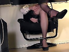 Voyeur masturb, Under a g e, Under, Voyeur masturbating, Under desk, Stockings cam