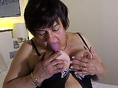 Herself, Play herself, Masturbation granny, Mature herself, Mature bed, On herself