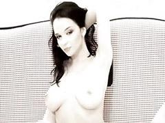 Solo glamour big tits
