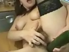 Matures poilue masturbation